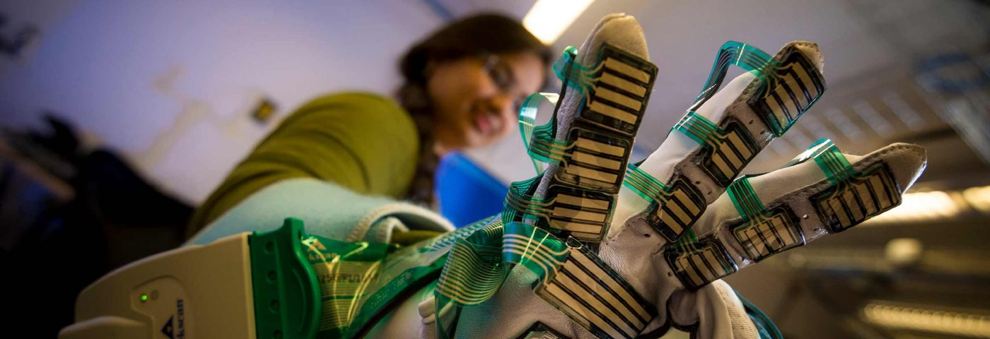 New Glove Measuring Muscle Stiffness May Improve Diagnosis, Treatment of Cerebral Palsy
